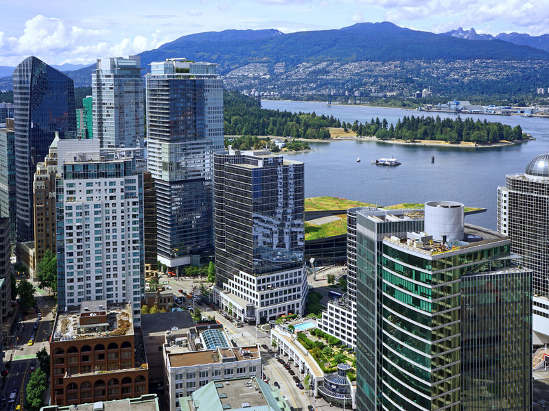 Vancouver scenery with mountains