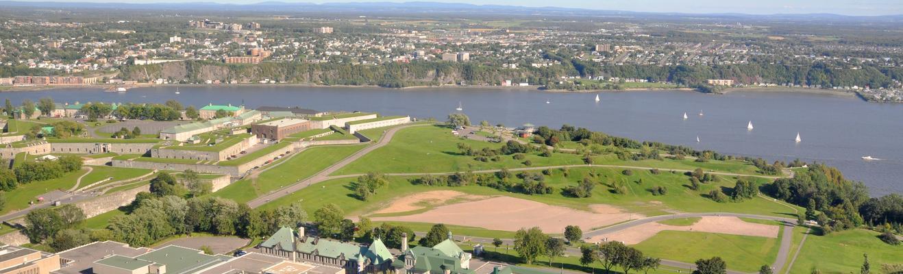 퀘벡 - 로맨틱한, 쇼핑, 도시적인, 역사적인, 나이트라이프