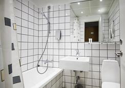 퍼스트 호텔 아틀란틱 - 오르후스 - 욕실