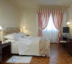 호텔 드 라 빌라