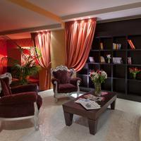피우메 호텔 Lobby