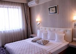 Best Western Silva Hotel - 시비우 - 침실