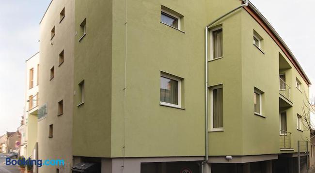 Penzion Beryl - Kosice - 건물