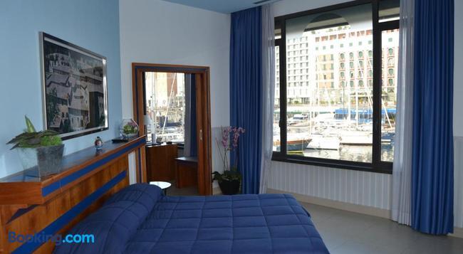 Hotel Transatlantico - 나폴리 - 침실
