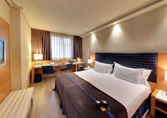 실큰 인다우트스 호텔 빌바오 - 빌바오 - 침실