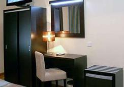 호텔 아메리카 - 포르투 - 침실