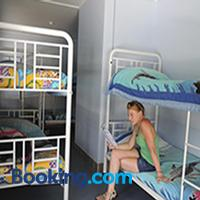 Reef Lodge Backpackers