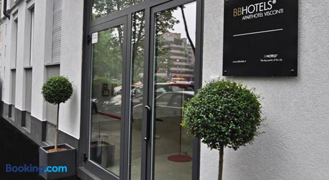 BB Hotels Aparthotel Visconti - 밀라노 - 건물