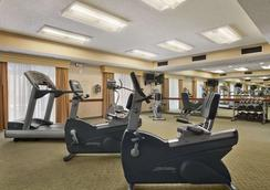 Baymont Inn & Suites Columbia Northwest - 컬럼비아 - 체육관