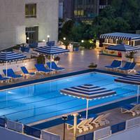 베스트 웨스턴 플러스 칸 호텔 Outdoor Swimming Pool