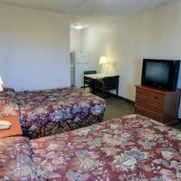 Sun Suites of Houston-Hobby Airport InTownSuitesClearlake GuestroomDoubleBeds