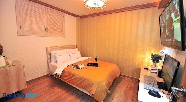Ost 모텔 - 인제 - 침실