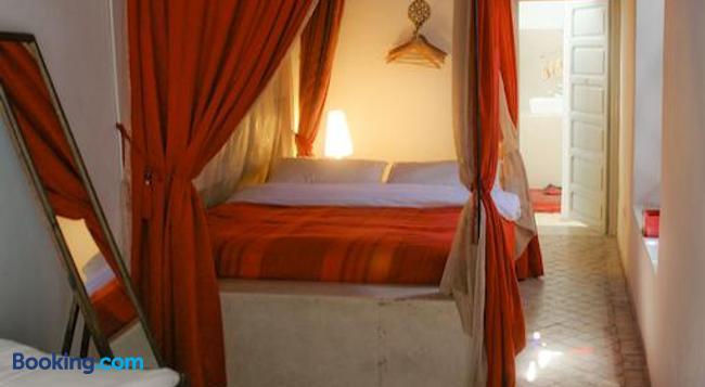Riad Tizwa Marrakech - 마라케시 - 침실