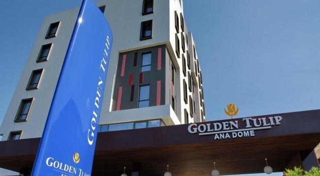 Golden Tulip Ana Dome - 클루이나포카 - 건물