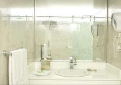 Rio Amazonas Hotel - 키토 - 욕실