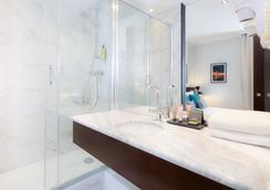 호텔 몽플류리 - 파리 - 욕실