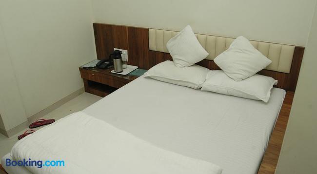 호텔 코즈웨이 - 뭄바이 - 침실