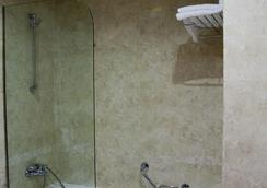 실켄 콜리세움 - 산탄데르 - 욕실