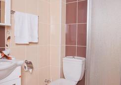 Birlik Apart Hotel - 이스탄불 - 욕실