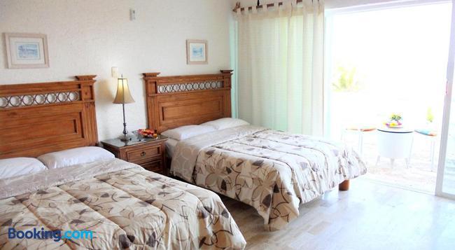 Cancun Beach Aparthotel By Las Brisas - 칸쿤 - 침실