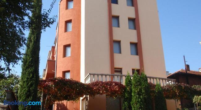Family Hotel Saint Iliya - Burgas - 건물