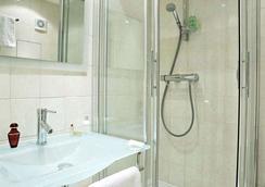 에덴 마젠타 호텔 파리 - 파리 - 욕실