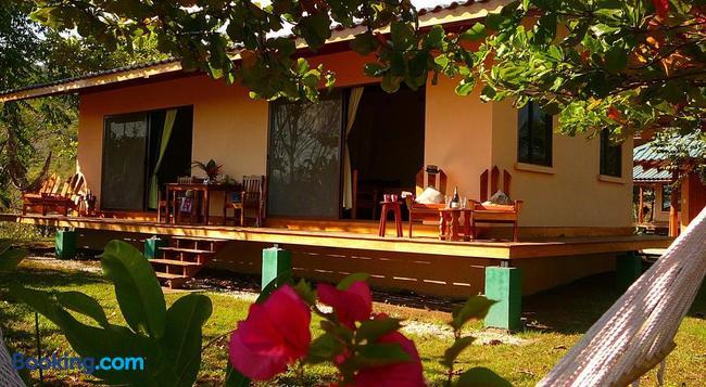 Fidelito Ranch & Lodge - Tambor - 건물