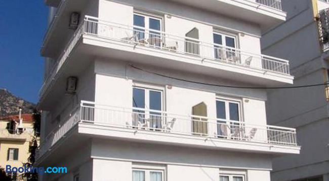 Hotel Europa - 카발라 - 건물