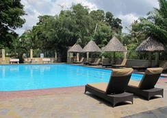 콜로세움 부티크 호텔 앤 스파 - Dar Es Salaam - 수영장