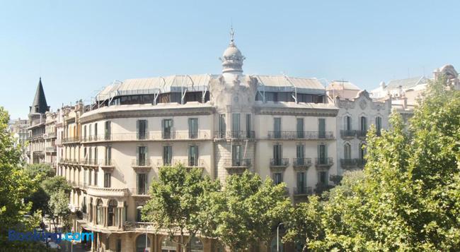 솜 니트 트리옴프 - 바르셀로나 - 건물