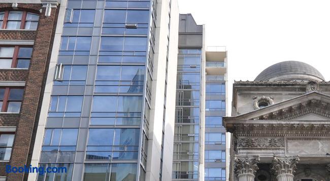 Yonge Suites Furnished Apartments - 토론토 - 건물