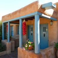 Pueblo Bonito Bed and Breakfast Inn Hotel Front