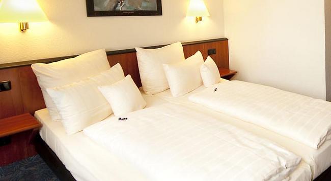 Advantage Hotel - 뉘른베르크 - 침실