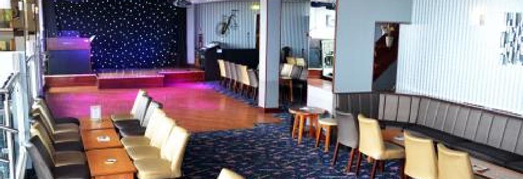 Lyndene Hotel - 블랙풀 - 레스토랑