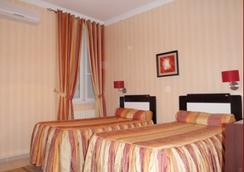 St Hotel - Algiers - 침실