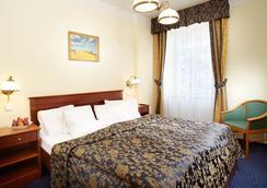 Orea Hotel Angliclky Dvur - Marianske Lazne - 침실