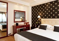 아바 호텔 앤드 스위트 - 아테네 - 침실