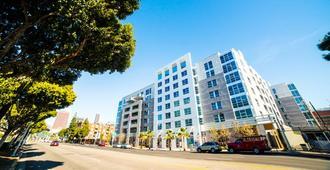 지노시 피가로 아파텔 - 로스앤젤레스 - 건물