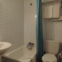 Pensión El Amigo Bathroom