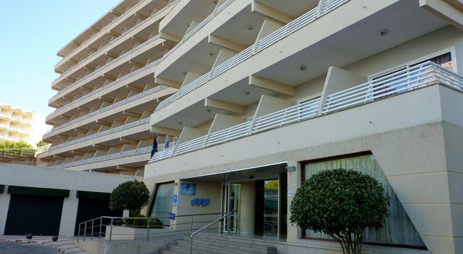 Hotel Barracuda - Adults Only - Magaluf - 건물