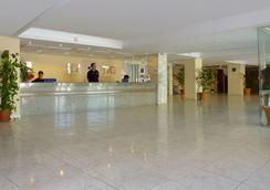 Hotel Barracuda - Adults Only - Magaluf - 로비