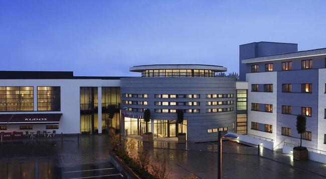 클라리온 호텔 더블린 리피 밸리 - 더블린 - 건물