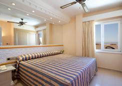 Playacapricho Hotel - Roquetas de Mar - 침실
