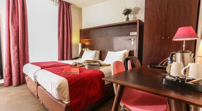 아발론 호텔 - 파리 - 침실