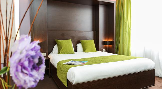 호텔 르 로크로이 - 파리 - 침실