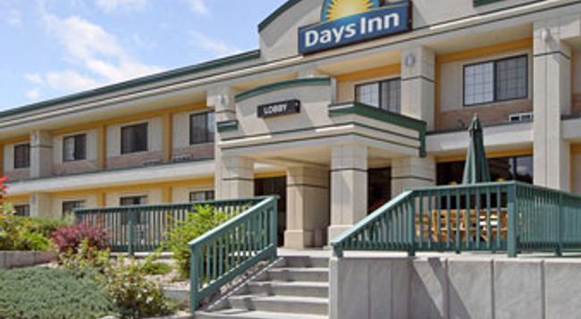 Days Inn West Rapid City - 래피드시티 - 건물