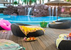 레오나르도 프라자 호텔 엘리앗 - 에일라트 - 수영장