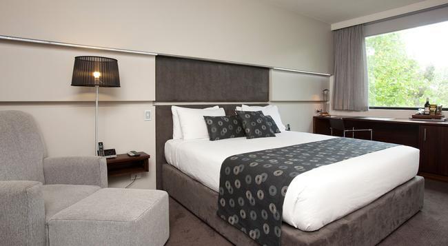 리지스 온 스와톤 호텔 - 멜버른 - 침실