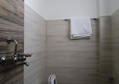 트랜퀼 홈스테이 - 카트만두 - 욕실