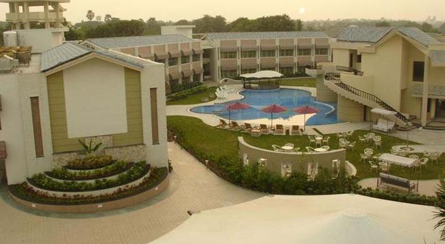 Azzaro Resorts & Spa - Diu - 건물